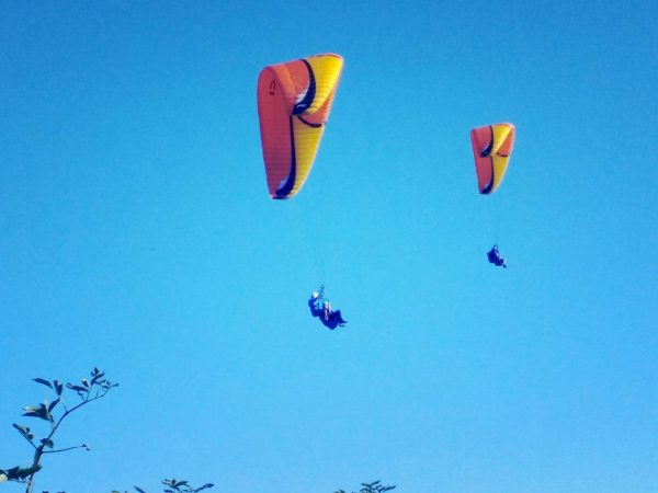 vuelo-parapente-biplaza-gijon-pareja