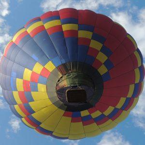 volar-en-globo-gijon-parapentalia